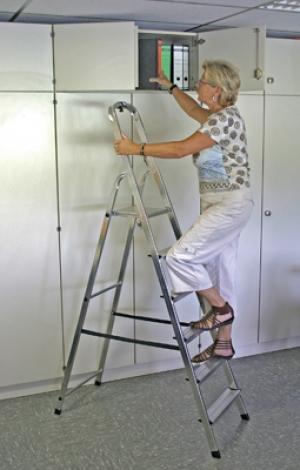 Лестница стремянка Solidy 6 ступеней купить на выгодных условиях в Ростове-на-Дону