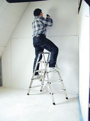Лестница стремянка купить на выгодных условиях в Ростове-на-Дону