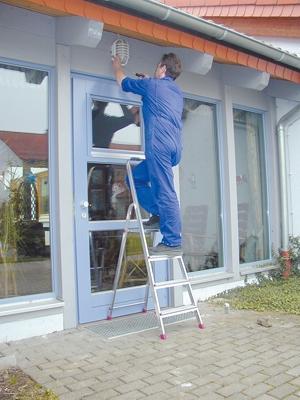 Лестница стремянка Corda 4 ступени купить на выгодных условиях в Ростове-на-Дону