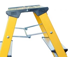 Лестница стремянка складная подставка Rolly 2 ступени купить на выгодных условиях в Ростове-на-Дону